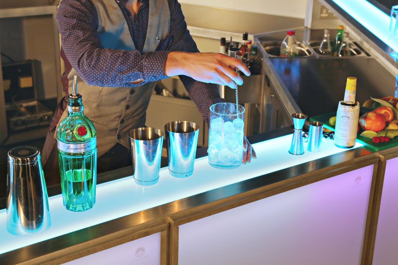 4.5m Centrepiece Bar | Ice & Lime